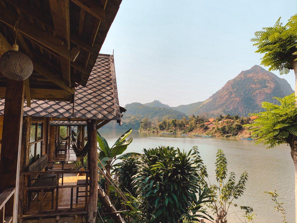 nong khiaw bungalow