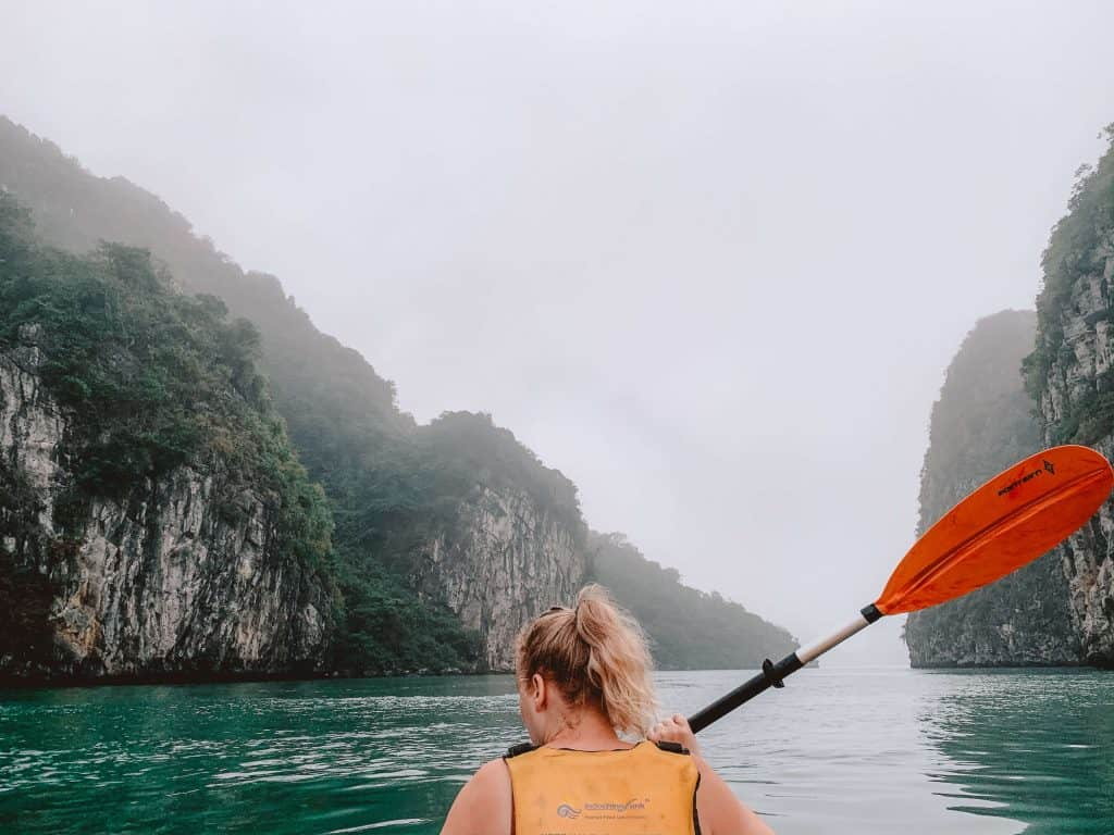 ha long bay vietnam kayak